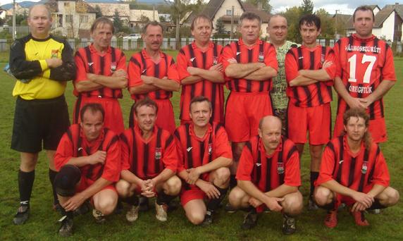 A Várhosszúréti Öregfiúk csapata